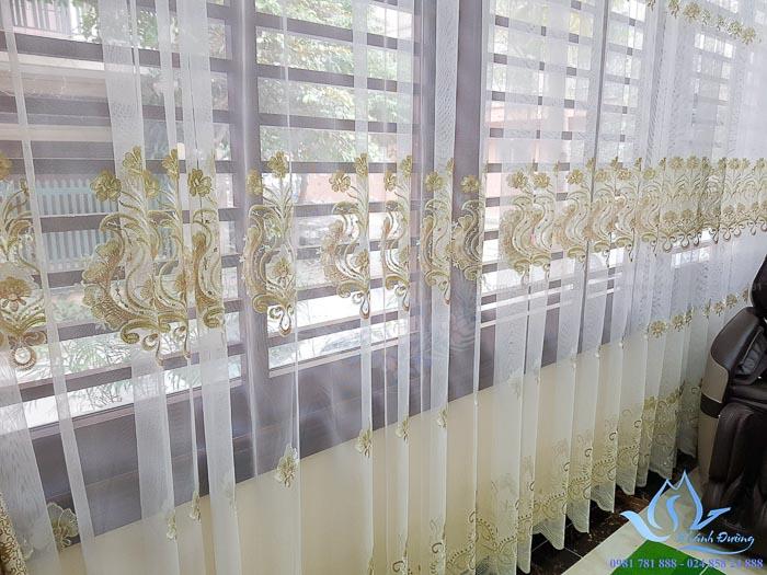 Mẫu rèm vải voan cổ điển đẹp sang trọng