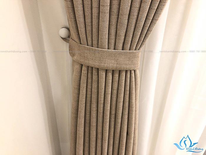 Bật mí ưu điểm của rèm vải Hàn DOICE09