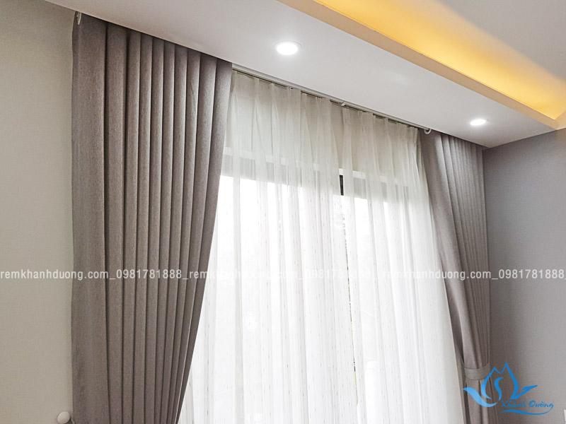 Rèm vải 2 lớp phòng ngủ màu ghi đẹp tại Hoài Đức Hà Nội