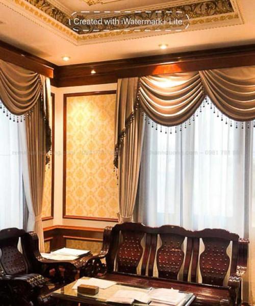 Chọn rèm tân cổ điển thanh lịch cho biệt thự tại KĐT Việt Hưng GP 502