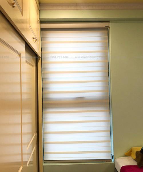 Màn cầu vồng cửa sổ nhỏ phòng ngủ phố Định Công, Hà Nội BS1004