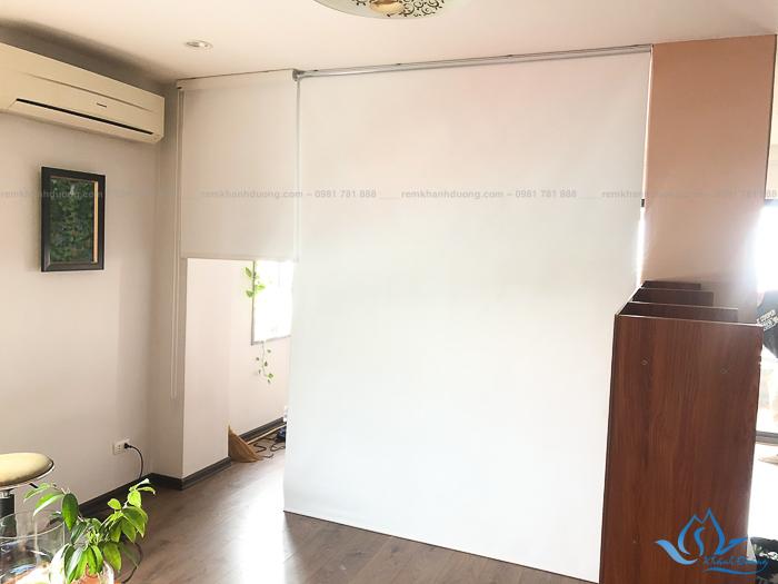 Mẫu rèm cửa sổ cuốn chống nắng rẻ bền đẹp phố Đốc Ngữ, Hà Nội RCC 001