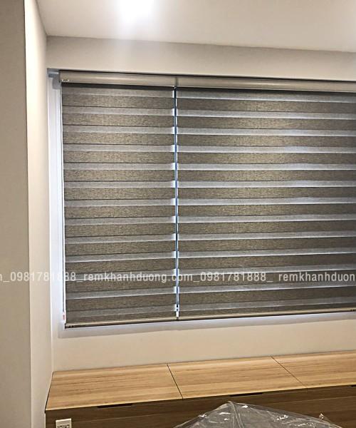 Rèm cầu vồng màu ghi chống nắng đẹp tại DCapital - Trần Duy Hưng TV462