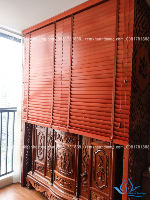 Mẫu rèm che bàn thờ đẹp kín đáo cho chung cư ở Nguyễn Huy Tưởng
