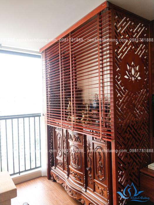 Sử dụng rèm che bàn thờ dễ dàng cho chung cư ở Nguyễn Huy Tưởng
