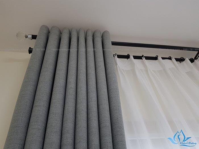 Rèm vải cách nhiệt một màu chống nắng tốt tại khu Ngoại giao đoàn CT9
