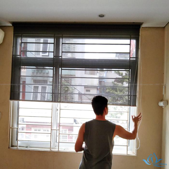 Rèm cuốn lưới cửa sổ bền đẹp MA117