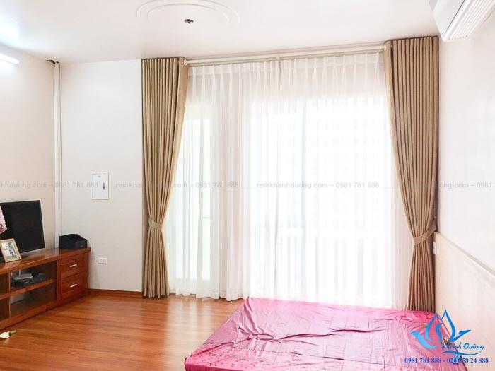 Mẫu rèm vải cho phòng ngủ đẹp chống nắng tốt 2