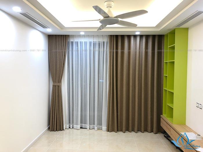 Mẫu rèm vải cho phòng ngủ đẹp chống nắng tốt 3
