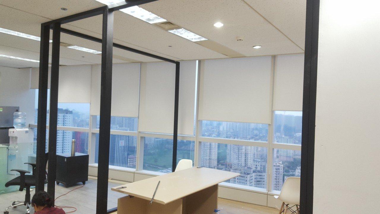 Rèm cuốn được sử dụng nhiều ở các văn phòng