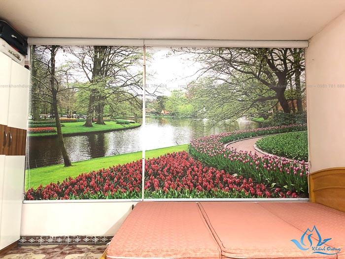 Chọn rèm cuốn tranh để tạo cảm giác không gian rộng mở hơn