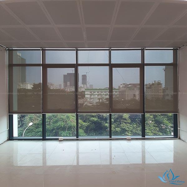 Rèm cuốn lưới văn phòng đẹp, bền của Khánh Đường