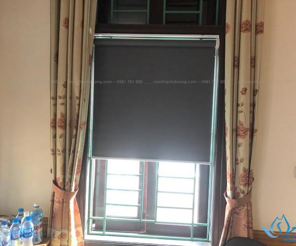 Lựa chọn rèm cuốn che nắng cho cửa sổ nhỏ tại Đức Diễn, Hà Nội KD 05