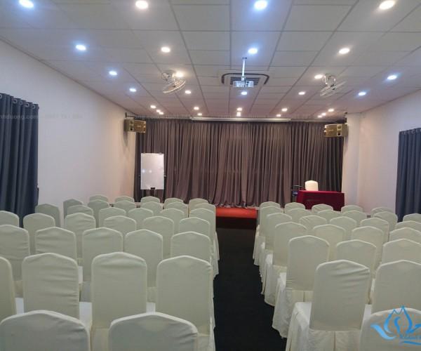 Mẫu rèm hội trường hiện đại nhất tại Nguyễn Thái Học, Hà Nội HT12