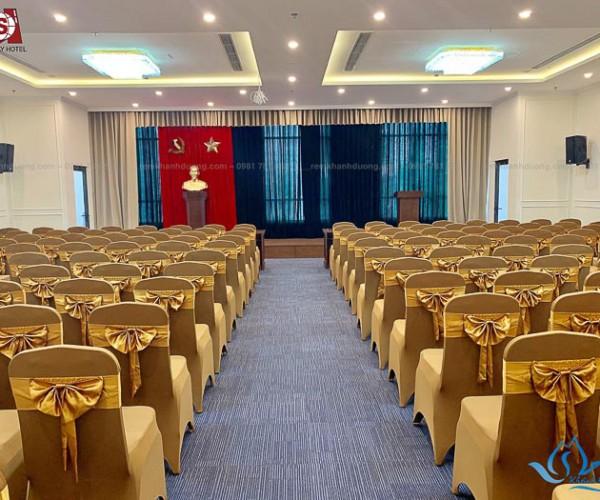 Phông rèm hội trường đẹp nhất tại Nguyễn Trường Tộ, Hà Nội HT17