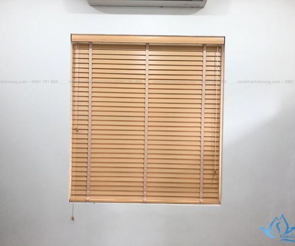 Rèm cửa gỗ đẹp thanh lịch dành cho văn phòng tại Hà Nội DKK02