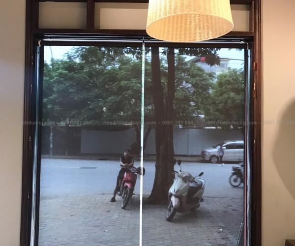 Rèm cuốn lưới giá rẻ cho quán cafe A4002 tại Nguyễn Cảnh Dị