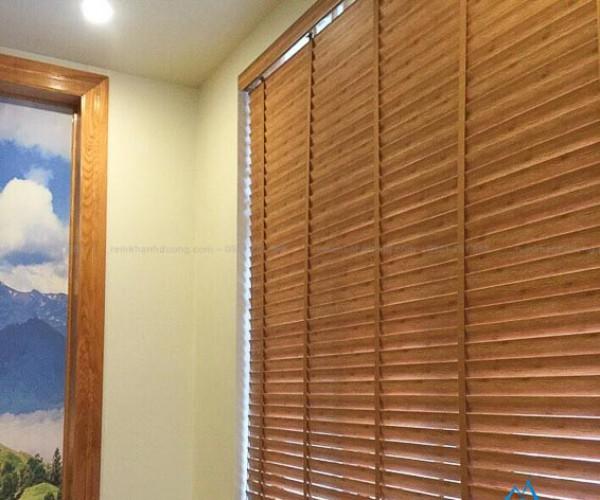 Rèm gỗ bách quý hiếm MSJ 702 tại căn hộ huyện Ba Vì
