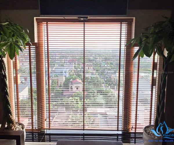Rèm gỗ sồi Mỹ MSJ 305 nâng cao vẻ đẹp phòng khách thị xã Sơn Tây