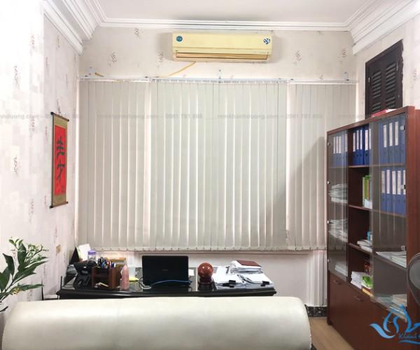Rèm lá dọc giá rẻ dành cho văn phòng tại Nguyễn Văn Cừ, Hà Nội KL-05