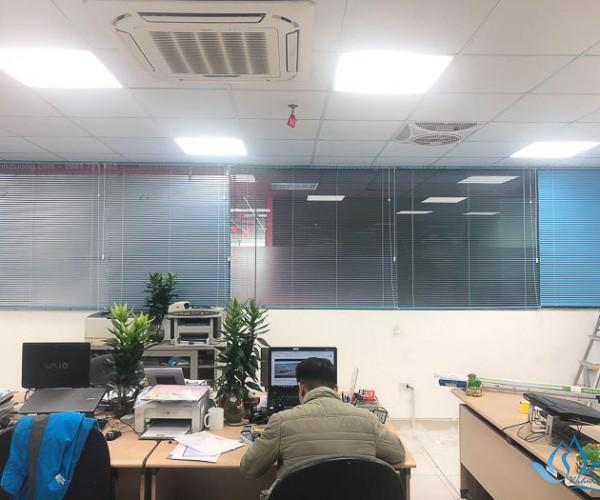 Rèm sáo nhôm chống nắng ở Tháp văn phòng Hồ Gươm Plaza ST 36