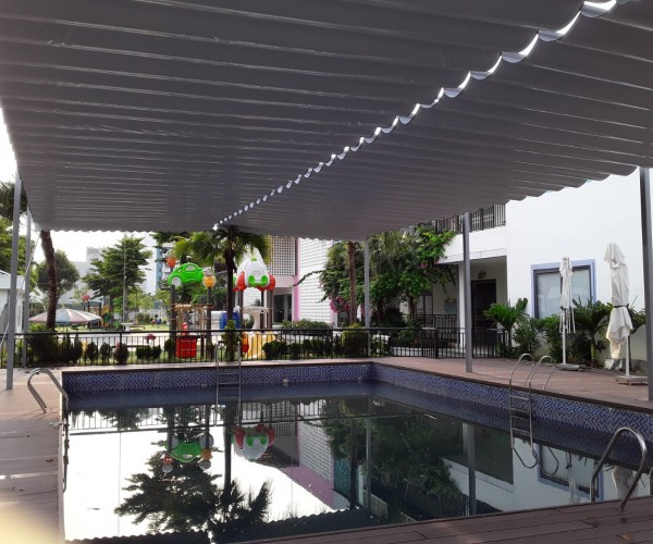 rèm trần đẹp cho bể bơi ngoài chời RVT 034