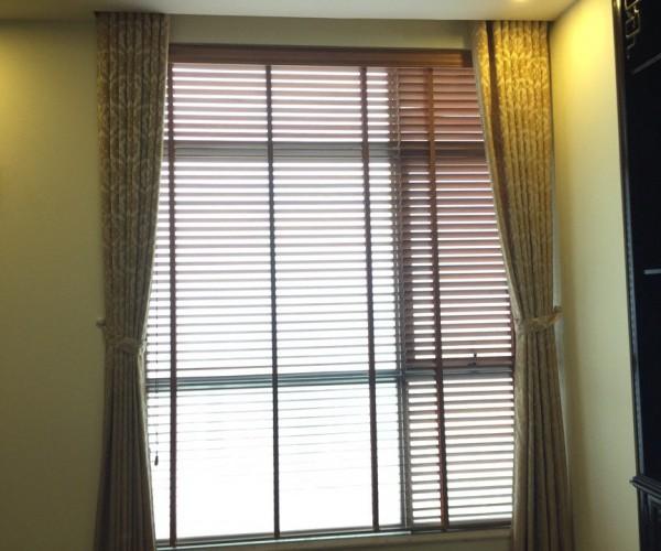 Bộ rèm vải Bỉ sang trọng nhất cho phòng khách tại Cầu Giấy – Hà Nội