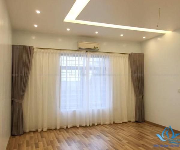 Rèm vải hai lớp phòng khách biệt thự tại quận Đống Đa, Hà Nội 1606-19