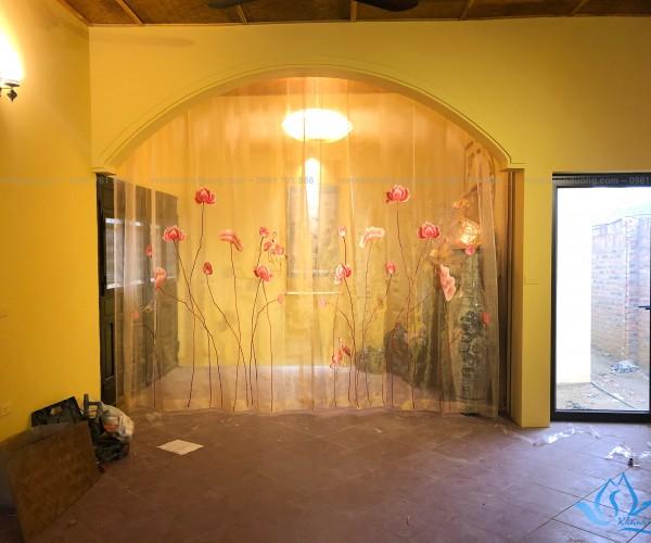 Rèm voan thêu hoa sen trang trí mã VT 28 ở Quốc Oai