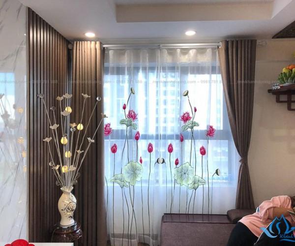 Rèm voan thêu tay đẹp cho phòng khách phố Hồ Tùng Mậu, Hà Nội P078