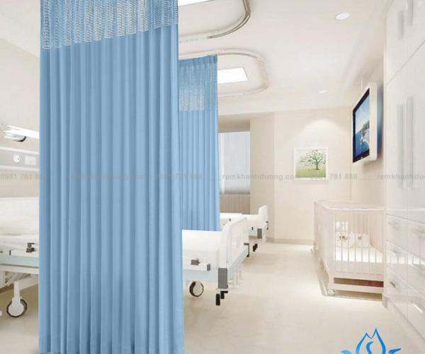Rèm y tế YT-25 đơn giản, mộc mạc cho phòng bệnh quận Ba Đình